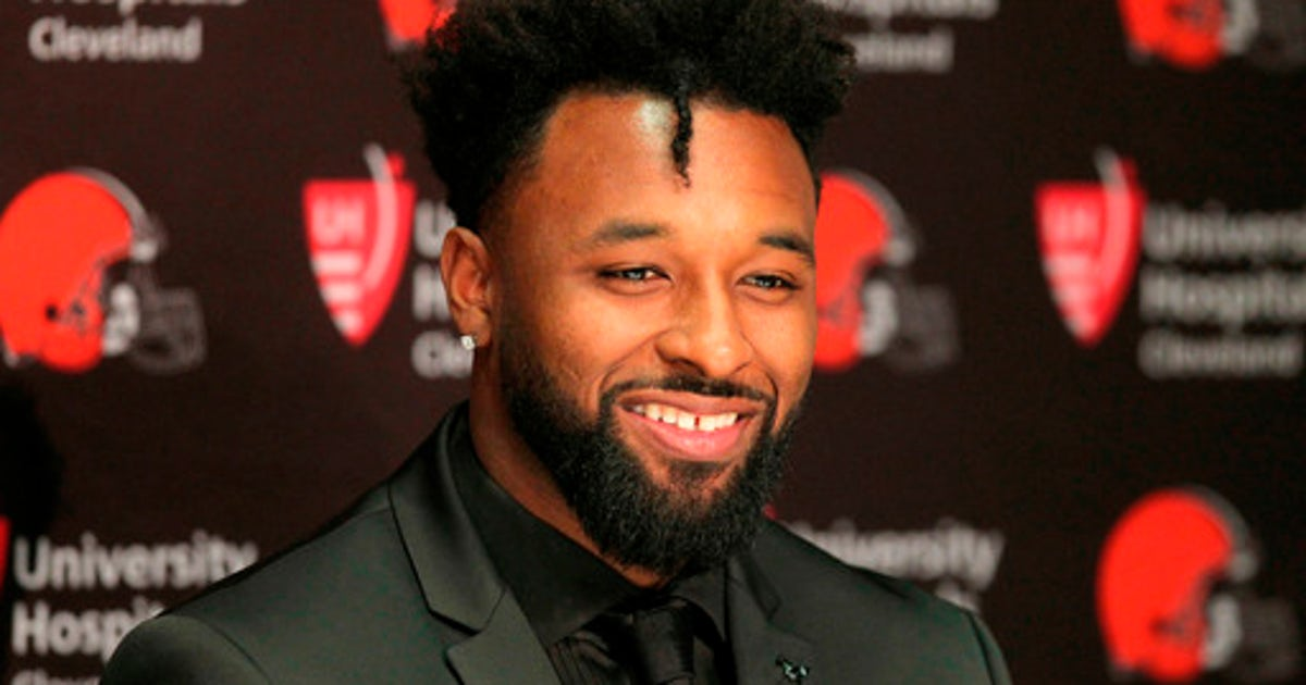 Landry signs $75 million contract extension with Browns