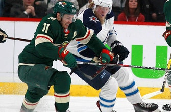 Wild lose Parise for multiple weeks to broken sternum