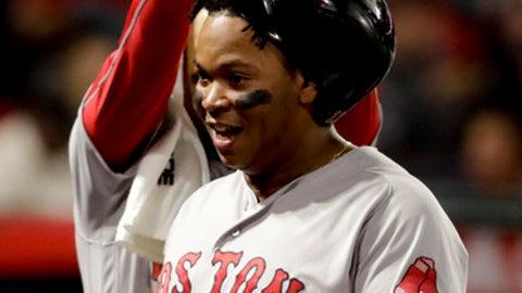 Mookie Betts hits three home runs in return
