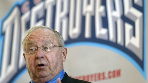 """FILE - In this Sept. 25, 2003, file photo, Earl Bruce speaks to the media, announcing that the Buffalo Destroyers will be moving to Columbus and Bruce will be the head coach, during a news conference in Columbus, Ohio. Former Ohio State football coach Earle Bruce has died at his home in central Ohio. The College Football Hall of Fame member was 87. His four daughters released a statement Friday, April 20, 2018, on the loss of """"a wonderful husband, father, grandfather and a respected coach to many."""" (AP Photo/Jay LaPrete, File)"""