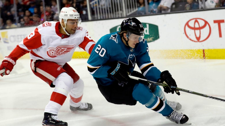 Sharks 4th liners help team advance to 2nd round
