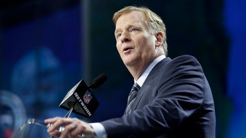 NFL commissioner Roger Goodell speaks from the stage during the first round of the NFL football draft, Thursday, April 26, 2018, in Arlington, Texas. (AP Photo/David J. Phillip)