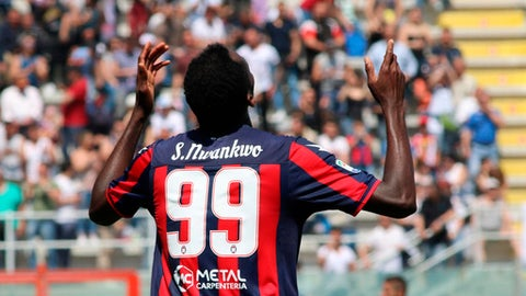 Crotone's Simy celebrates after scoring during a Serie A soccer match between Crotone and Sassuolo at the Ezio Scida stadium in Crotone, Italy, Sunday, April 29, 2018. (Albano Angilletta/ANSA via AP)