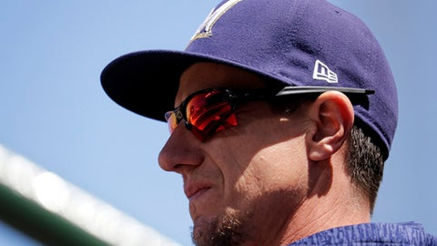 Milwaukee Brewers manager Craig Counsell watches his team during the first inning of a baseball game against the Chicago Cubs, Sunday, April 29, 2018, in Chicago. (AP Photo/Nam Y. Huh)