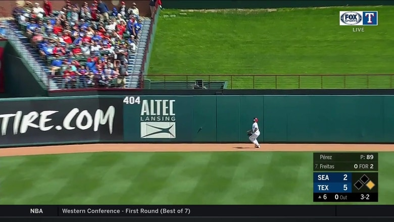 WATCH: Delino DeShields robs a homer in first game back from rehab | Mariners at Rangers