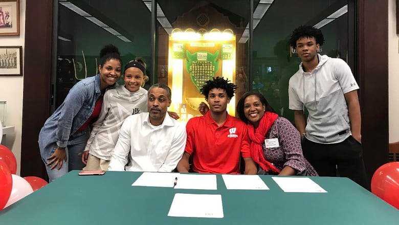 Badgers sign two to 2018 hoops recruiting class
