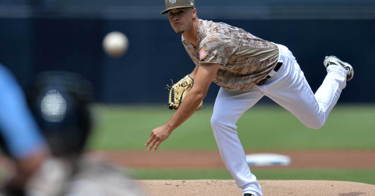 Pi-mb-padres-joey-lucchesi-041518.vresize.1200.630.high.13