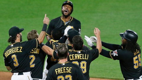 Kingham loses flawless  game in debut, pitches Pirates to sweep