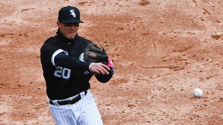 Brewers acquire infielder Saladino from White Sox