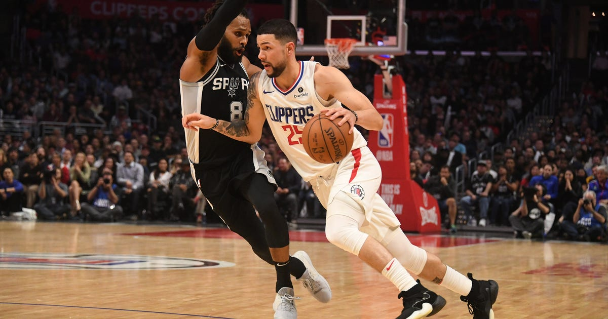 Clippers rally to beat Spurs 113-110  0c53c5b42