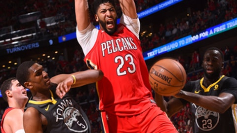 NEW ORLEANS, LA - MAY 4: Anthony Davis #23 of the New Orleans Pelicans dunks the ball against the Golden State Warriors in Game Three of the Western Conference Semifinals during the 2018 NBA Playoffs on May 4, 2018 at Smoothie King Center in New Orleans, Louisiana. (Photo by Noah Graham/NBAE via Getty Images)