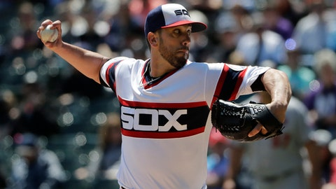 Chicago White Sox starting pitcher James Shields throws against the Minnesota Twins during the first inning of a baseball game Sunday, May 6, 2018, in Chicago. (AP Photo/Nam Y. Huh)