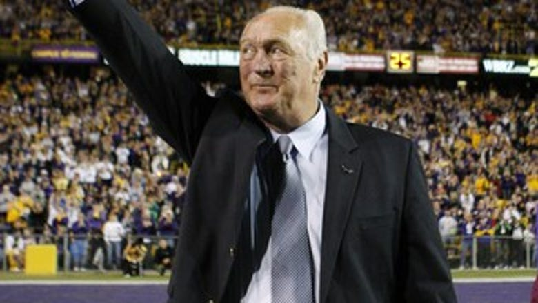 LSU Heisman Trophy winner Billy Cannon dies at age 80