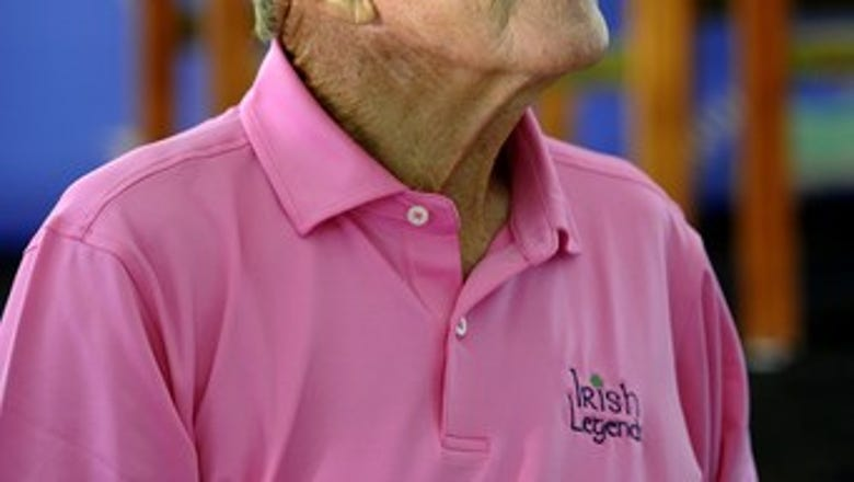 Hall of Fame coach Holtz settles lawsuit with Daily Beast