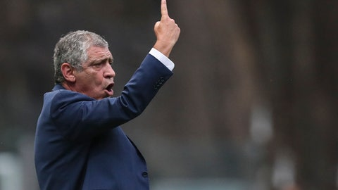 Portugal coach Fernando Santos gestures during a friendly soccer match between Portugal and Tunisia in Braga, Portugal, Monday, May 28, 2018. (AP Photo/Luis Vieira)