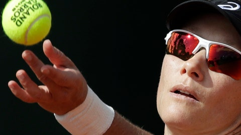 Australia's Samantha Stosur serves against Belgium's Elise Mertens during their second round match of the French Open tennis tournament at the Roland Garros stadium in Paris, France, Thursday, May 31, 2018. (AP Photo/Alessandra Tarantino)