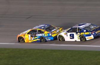 Chase Elliott unhappy with Ricky Stenhouse Jr. after late block | 2018 KANSAS | FOX NASCAR