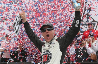 Kevin Harvick scores his fourth win of the year | 2018 DOVER | FOX NASCAR