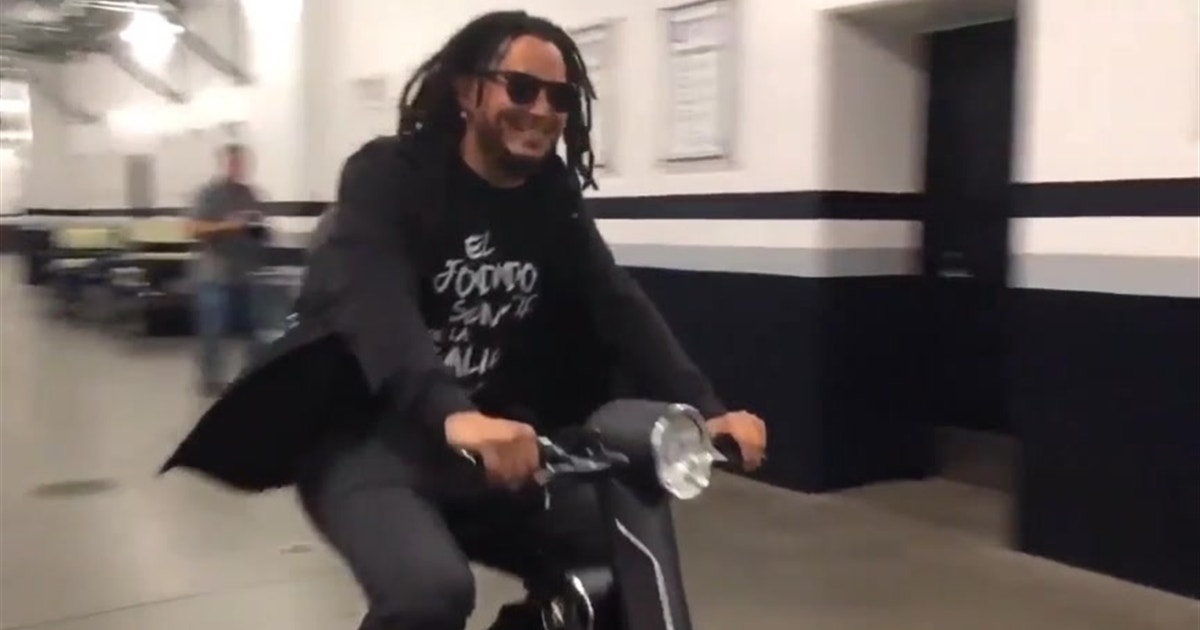 Freddy Galvis is adapting to the San Diego lifestyle with ease