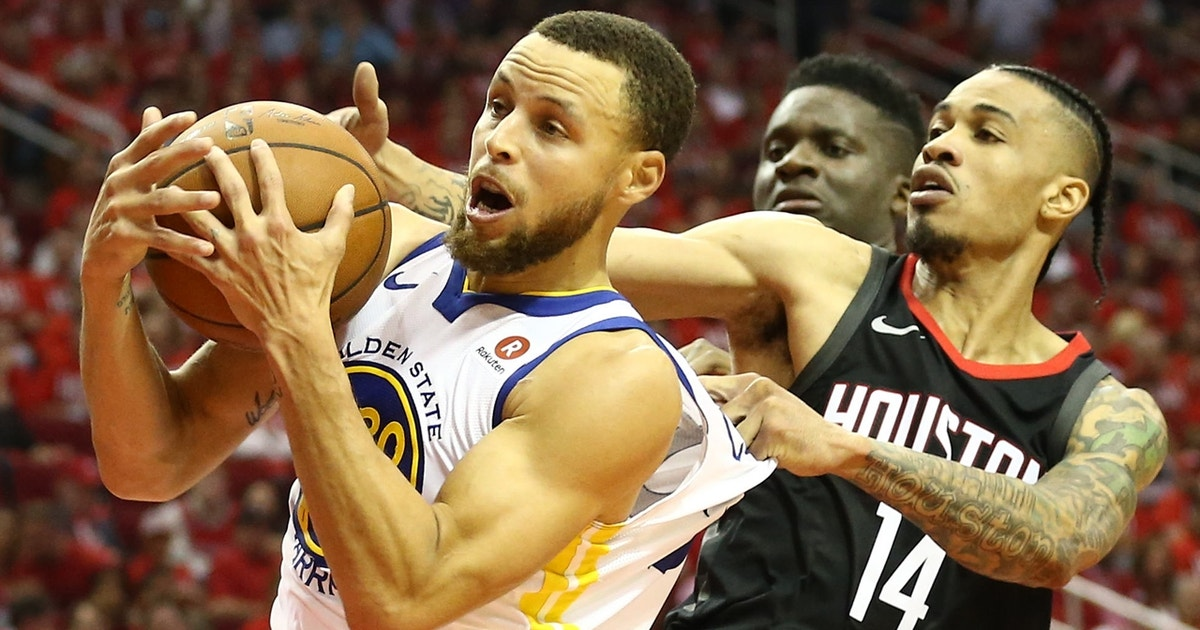 Nick Wright questions how a struggling Steph Curry impacts the Golden State Warriors