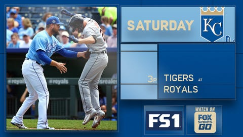 Moustakas helps Royals knock off Tigers 4-2