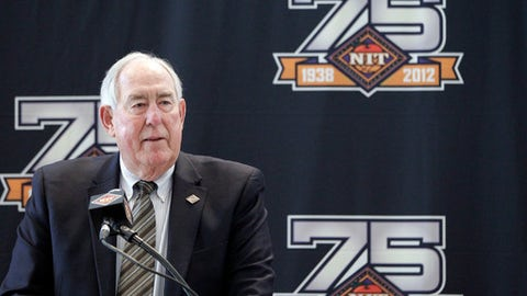 FILE - In this March 26, 2012 file photo, C.M. Newton speaks during a news conference ahead of the 75th Anniversary NIT Championship at Madison Square Garden in New York. Officials at Alabama and Kentucky say that Hall of Fame former administrator and basketball coach C.M. Newton has died. He was 88. The schools announced his death Monday, June 4, 2018. (AP Photo/Mary Altaffer, file)
