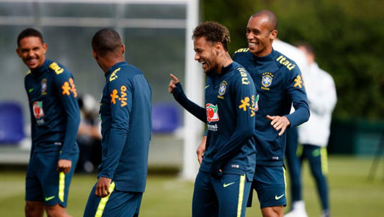 Brazil's Costa returns to training after injury, Augusto out
