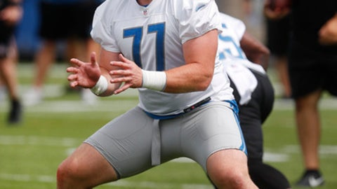 Detroit Lions offensive lineman Frank Ragnow blocks during practice at the NFL football team's training camp in Allen Park, Mich., Tuesday, June 5, 2018. (AP Photo/Paul Sancya)