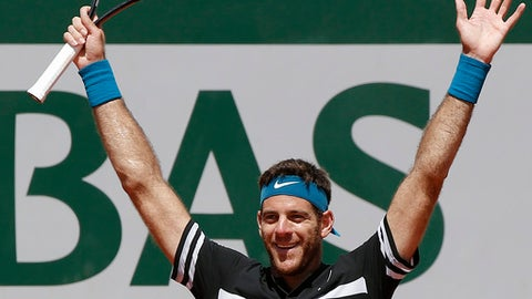 Argentina's Juan Martin Del Potro celebrates as he defeats Croatia's Marin Cilic during their quarterfinal match of the French Open tennis tournament at the Roland Garros stadium, Thursday, June 7, 2018 in Paris. (AP Photo/Michel Euler)