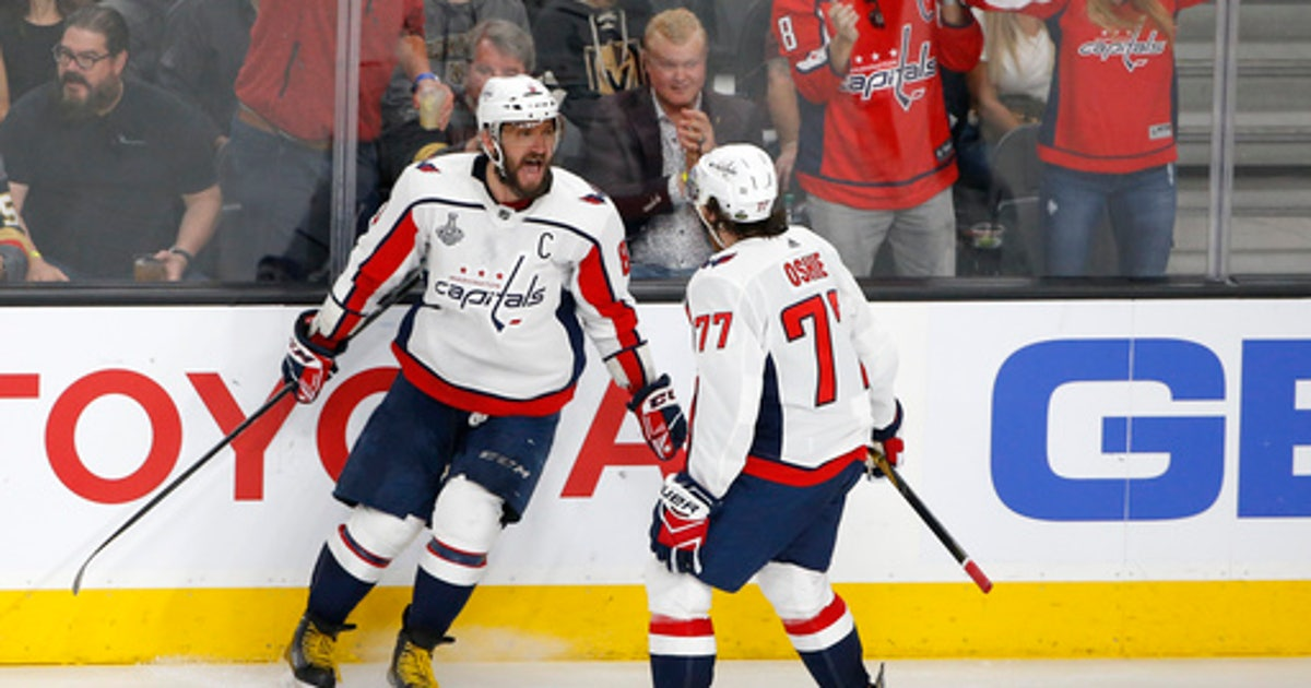 Caps  TJ Oshie shares Cup with Alzheimer s-afflicted father  7ee37f5df910