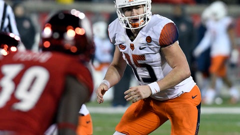 Syracuse quarterback Rex Culpepper (15) in action during the second half of an NCAA college football game, Saturday, Nov. 18, 2017, in Louisville, Ky. Louisville won 56-10. (AP Photo/Timothy D. Easley)