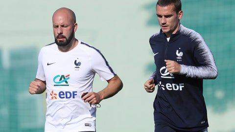 France's Antoine Griezmann runs on the field during a training session at the 2018 soccer World Cup in Glebovets, Russia, Monday, June 18, 2018. (AP Photo/David Vincent)