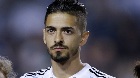 "FILE - In this Tuesday, May 29, 2018 file photo, Argentina's Manuel Lanzini before a friendly soccer match between Argentina and Haiti in Buenos Aires, Argentina. Argentina midfielder Manuel Lanzini says he expects to be back in action for English club West Ham at the start of 2019 following a serious knee injury. Lanzini says on Twitter on Wednesday, June 27 that the operation on his right knee ""went really well"".  (AP Photo/Natacha Pisarenko, file)"