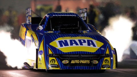 LAS VEGAS, NV - OCTOBER 28: Ron Capps (28 FC) Don Schumacher Racing (DSR) Dodge Charger NHRA Funny Car races during the NHRA Toyota Nationals on October 28, 2017 at The Strip at Las Vegas Motor Speedway in Las Vegas, Nevada. (Photo by Marc Sanchez/Icon Sportswire via Getty Images)