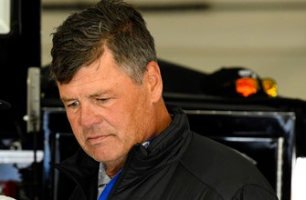 Michael Waltrip's got a message for Twitter trolls