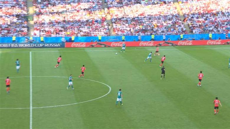 KROOS (Korea Republic) has a shot which is on target