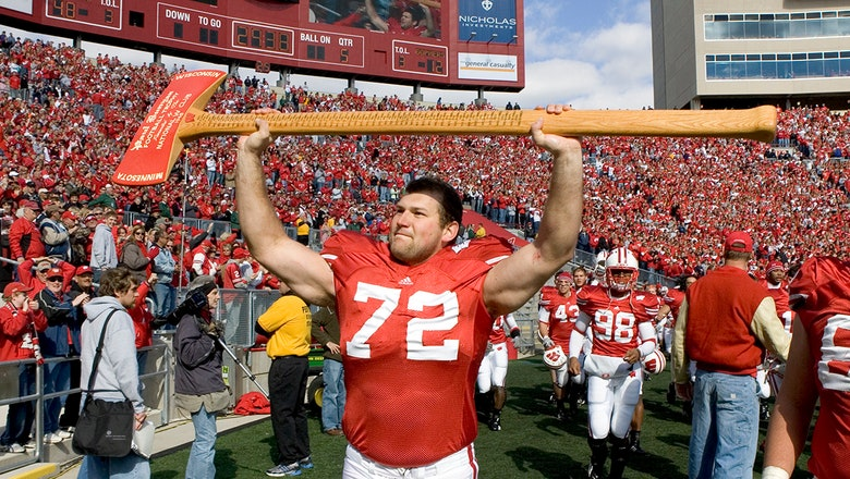 Joe Thomas makes first appearance on the FBS hall of fame ballot