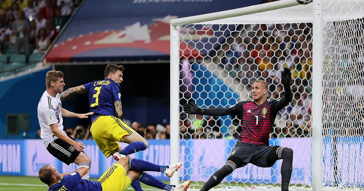 FOX Sports' Save of the Day: Robin Olsen makes...