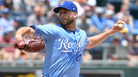 Jun 16, 2018; Kansas City, MO, USA; Kansas City Royals starting pitcher Danny Duffy (41) delivers a pitch in the first inning against the Houston Astros at Kauffman Stadium. Mandatory Credit: Denny Medley-USA TODAY Sports