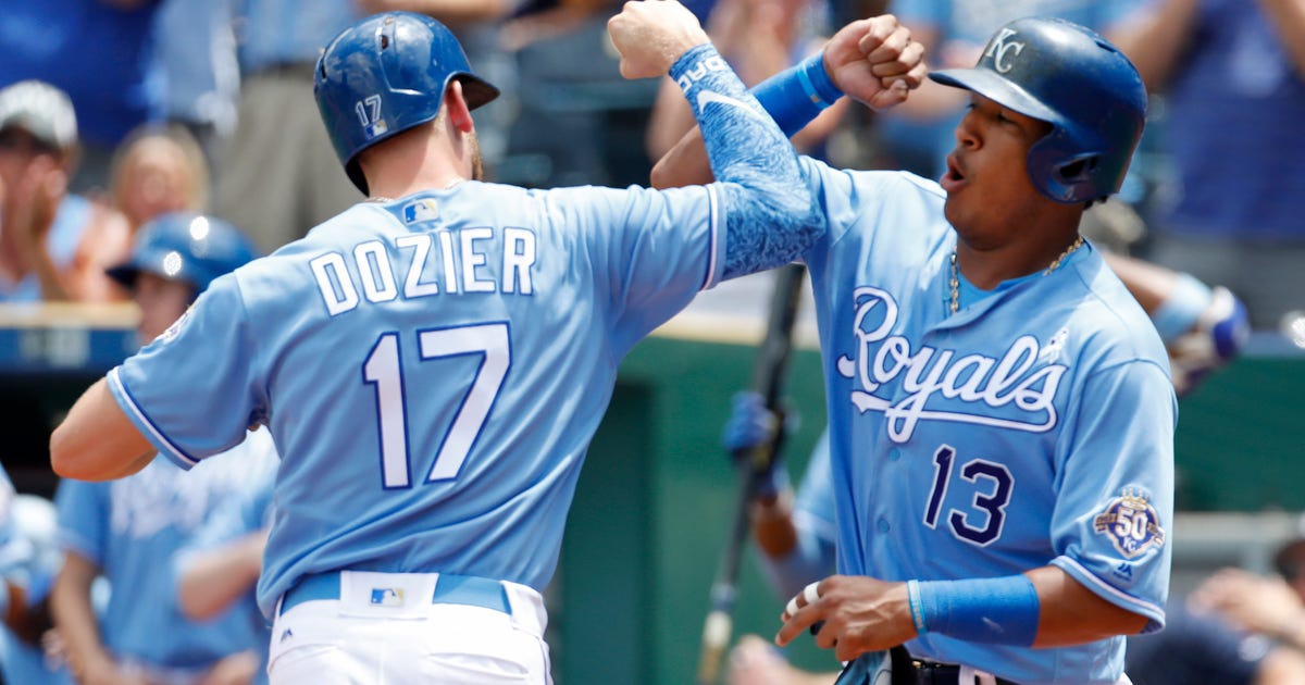 Royals looking to break out of funk against Rangers