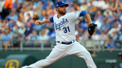 Jun 12, 2018; Kansas City, MO, USA; Kansas City Royals starting pitcher Ian Kennedy (31) pitches against the Cincinnati Reds in the first inning at Kauffman Stadium. Mandatory Credit: Jay Biggerstaff-USA TODAY Sports