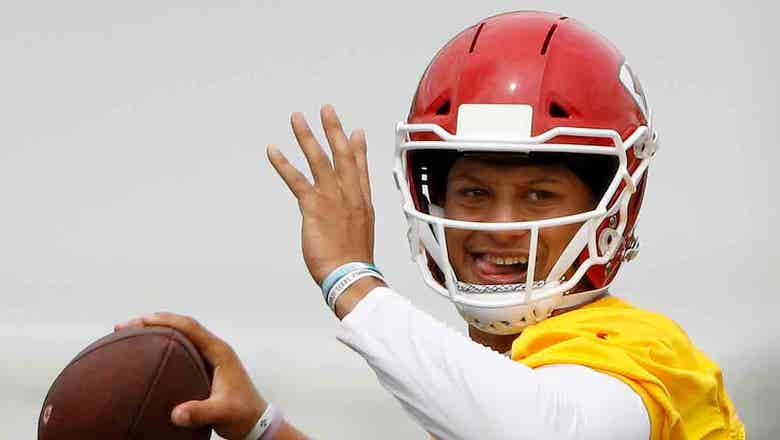 New-look Chiefs go into minicamp looking to define roles
