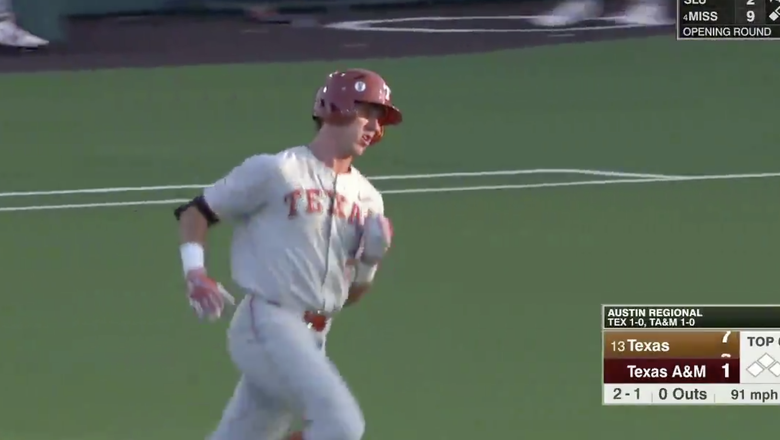 Clemens homers twice for Texas in 8-3 win over Texas A&M