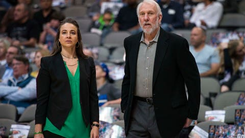 Becky Hammon promoted to top Spurs assistant