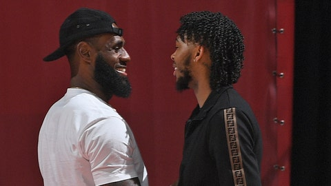 LAS VEGAS, NV - JULY 15:  LeBron James and Brandon Ingram #14 of the Los Angeles Lakers greet each other during the 2018 Las Vegas Summer League on July 15, 2018 at the Thomas & Mack Center in Las Vegas, Nevada. NOTE TO USER: User expressly acknowledges and agrees that, by downloading and/or using this photograph, user is consenting to the terms and conditions of the Getty Images License Agreement. Mandatory Copyright Notice: Copyright 2018 NBAE (Photo by Garrett Ellwood/NBAE via Getty Images)