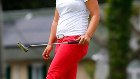 Sei Young Kim reacts after missing a putt on the first hole during the third round of the ShopRite LPGA Classic golf tournament, Sunday, June 10, 2018, in Galloway, N.J. (AP Photo/Noah K. Murray)