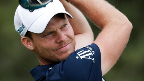 Danny Willett of England, plays his shot from the sixth tee during the second round of the U.S. Open Golf Championship, Friday, June 15, 2018, in Southampton, N.Y. (AP Photo/Seth Wenig)