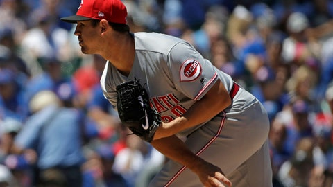 Cincinnati Reds starting pitcher Tyler Mahle throws against the Chicago Cubs during the first inning of a baseball game Friday, July 6, 2018, in Chicago. (AP Photo/Nam Y. Huh)