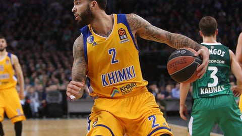 KAUNAS, LITHUANIA - FEBRUARY 09: Tyler Honeycutt, #2 of Khimki Moscow Region in action during the 2017/2018 Turkish Airlines EuroLeague Regular Season Round 22 game between Zalgiris Kaunas and Khimki Moscow Region at Zalgirio Arena on February 9, 2018 in Kaunas, Lithuania.  (Photo by Alius Koroliovas/EB via Getty Images)