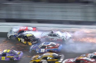 Cole Custer triggers second 'big one' late at Daytona | 2018 NASCAR XFINITY SERIES